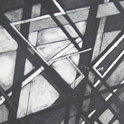 VICTORIA COMPAÑ Estructuras en negro