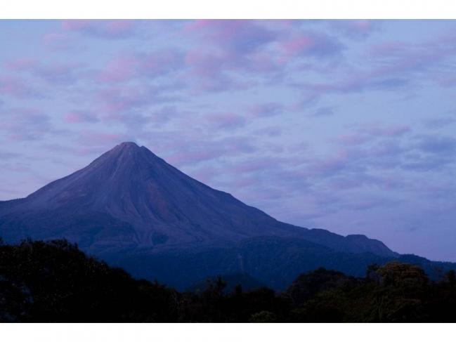 Volcanes III. Precio según soporte y medidas