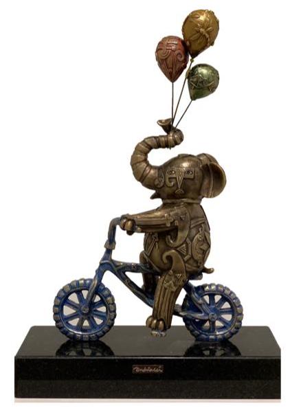 Elefante con globos