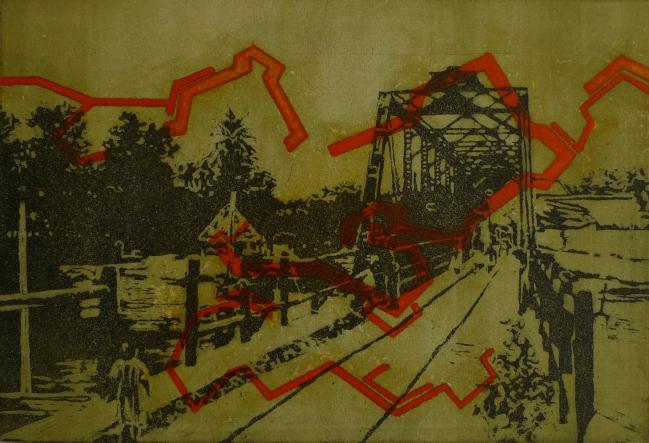 Puente con puente y estructura naranja