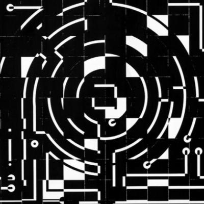 Ajedrez y circuito laberíntico negro