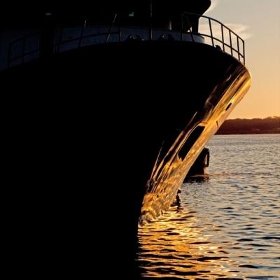 Golden Boat. Precio según soporte y medidas